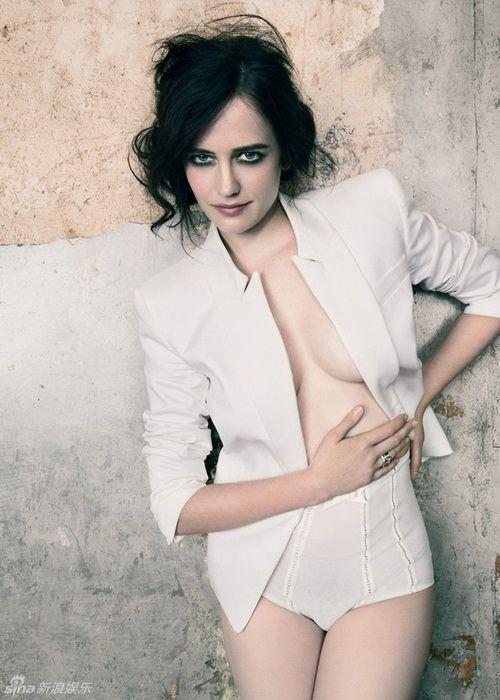 伊娃-格林性感写真半裸秀美胸